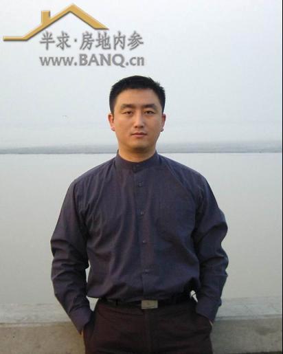 张泽林先生,1996年毕业于哈尔滨工业大学工民建专业,与曲咏海,樊杰同