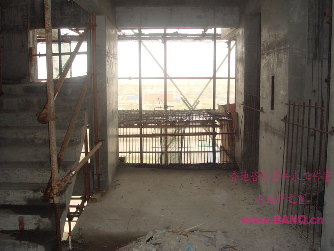 消防楼梯与电梯厅的